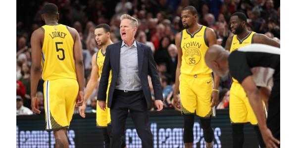 Steve Kerr ha lamentato la situazione dei Lakers