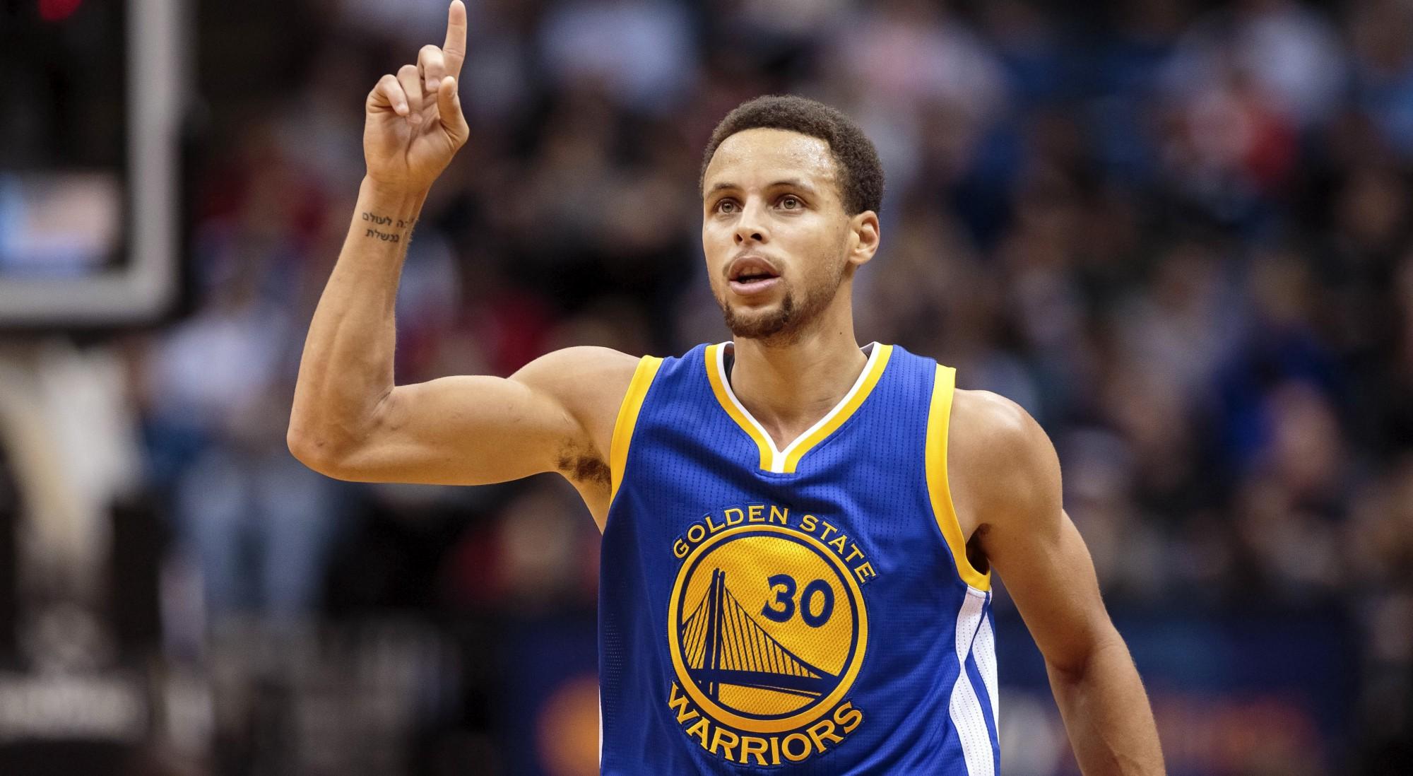 La terrificante abilità di tiro da tre punti di Stephen Curry